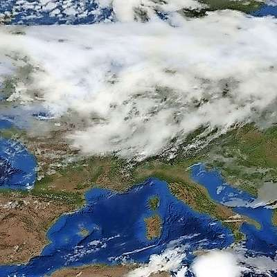 Naše kraje bo od severozahoda dosegla hladna vremenska  fronta.