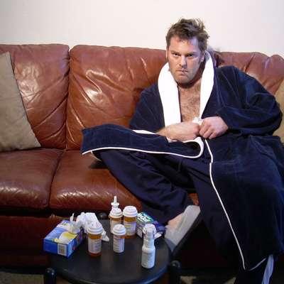 Virusne prehladne okužbe in okužba z gripo  zahtevajo počitek, saj  je imunski sistem oslabljen in obstaja nevarnost resnih zapletov.   Foto: morgufile.com