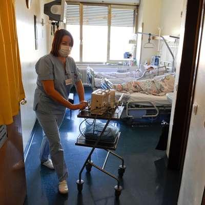 Delo  s kritično bolnimi je naporno in zelo zahtevno.   Foto: Nebojsa Tejic