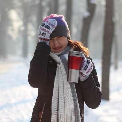 Mraz  ne škoduje, gibanje na svežem zraku zdravniki celo  priporočajo,  moramo pa se   primerno obleči in obuti.    Foto: pixabay.com